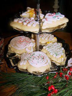 TheKitchenCookie: Soft Sugar Cookies