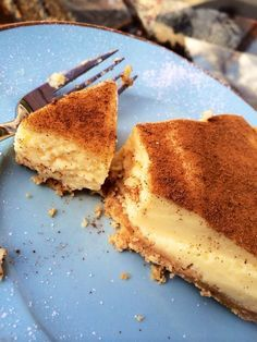 Quick, simple and delicious Melktert milk tart Custard Recipes, Tart Recipes, Sweet Recipes, Baking Recipes, Dessert Recipes, Pudding Recipes, Kos, Melktert Recipe, Korslose Melktert