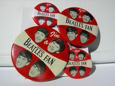 """I'm a Beatles Fan"" buttons on BeatlesBlogCarnival.com"
