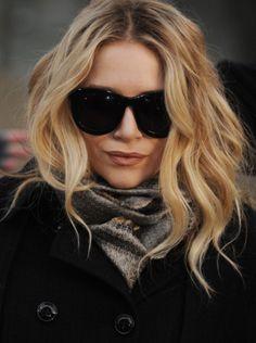 Glasses, lips & hair. Fabulous