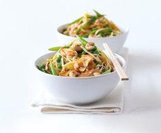 Citronové kuře s nudlemi | Recepty Albert Russian Recipes, Turkey Recipes, Japchae, Tofu, Main Dishes, Food And Drink, Yummy Food, Chicken, Cooking