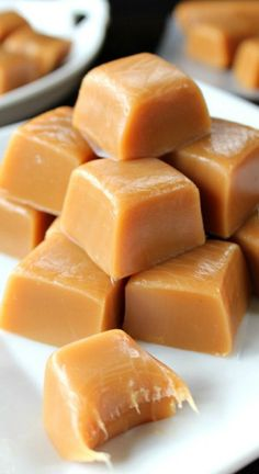 Homemade Caramels! Soft and simple!
