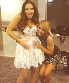 Wwe Layla Kissing Kelly Kelly