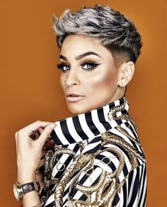 60 Best Short Haircuts for Women 2018 – 2019 - - Short Hairstyles - Hairstyles 2019 Best Short Haircuts Trend For Women In 2019 Best short haircuts in the coming year, will change a lot in women's hairstyles. Various short hairstyles will be i Funky Short Hair, Short Grey Hair, Short Hair Cuts For Women, Short Hairstyles For Women, Short Hair Styles, Short Pixie Haircuts, Pixie Hairstyles, Messy Pixie Haircut, Trending Haircuts