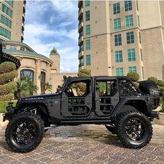 """@wrangler_zone on Instagram: """"Via @vegasjeep . .  #jk #jeep #wrangler #offroad #red  #theautofirm  #luxury  #custom #wheels #offroading #jeepster #jeepbeef #jeepnation…"""" Jeep Jk, Auto Jeep, Jeep Rubicon, Jeep Cars, Jeep Wrangler Jk, Jeep Wrangler Unlimited, Jeep Truck, Us Cars, Lifted Ford Trucks"""