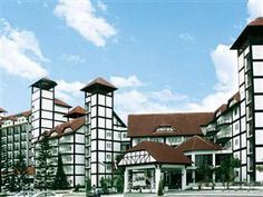 Heritage Hotel Cameron Highlands is a distinctive Tudor style hotel, positioned at 1500-meters above sea level, located on a hill looking over charming jungle scenery.