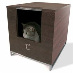 The Litter Box Hider is constructed with a high pressure laminate finish– which protects it in the event of spills.