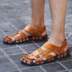 PU Slip-On Closed Toe Plain Men's Sandals