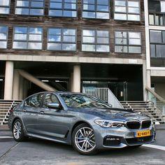 Nu online op Autokopen.nl, de test van de nieuwe BMW 5 Serie. Onze 600ste rijtest! . . #BMW #bmw5 #bmw5series #bmw530d #bmwperformance #bmwm #bmwlife #bmwgram #bmwrepost #luxury #luxurycar #premium #premiumcars #bmwnederland #nieuweauto #carreview #autotest #autoreview #autokopen @bmw @bmw_nederland