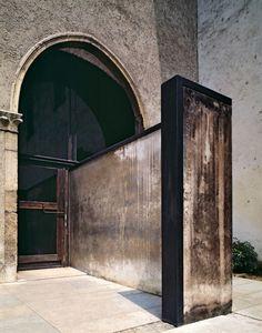 Carlos Scarpa-Castelvecchio Museum-Verona, Italy.