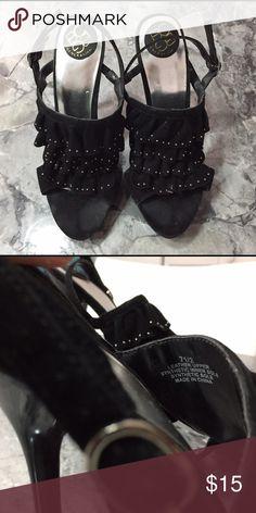 BCBG Ruffled Heels Used BCBG ruffled black 7 1/2 heels BCBG Shoes Heels