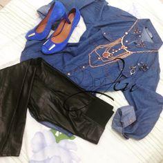 Boa tardeeee!!! Hoje tem look total @StyleMoi no Blog, passa lá pra conferir.   http://blogdajeu.com.br/total-style-moi/   #stylemoi #giuliadomna #acessorios #sapato #jeans #camisajeans #calcaskinny #skinny #calcadecourofake #couro #totalstylemoi