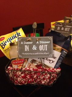 "Teacher Appreciation Gift: ""A Dinner In & A Dinner Out"" - Jar of pasta sauce, bag of pasta, cheesy garlic biscuit mix, grated Parmesan cheese shaker, and a gift card to a favorite restaurant. #teacherappreciationgift #giftbasket #daycareteachergift #picnicbasket"