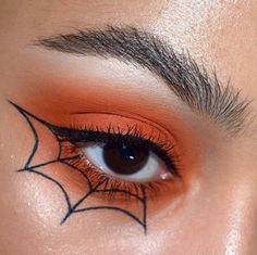 Looking for for ideas for your Halloween make-up? Browse around this website for creepy Halloween makeup looks. Makeup Eye Looks, Eye Makeup Art, Cute Makeup, Prom Makeup, Awesome Makeup, Easy Makeup, Doll Makeup, Costume Makeup, Gorgeous Makeup