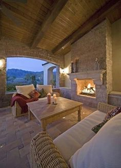 Covered outdoor patio with fireplace!