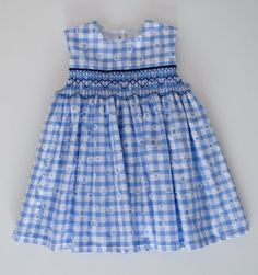 This dress is hand-smocked and has button closure at the back. It is neatly finished on the inside with french seams and a lined bodice trimmed with lace. It should fit ages 6 to 12 months. Girls Smocked Dresses, Toddler Girl Dresses, Smocked Dresses For Toddlers, Little Girl Outfits, Kids Outfits, Kids Dress Wear, Girl Dress Patterns, Smock Dress, Chic Dress