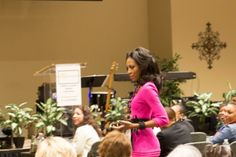 Marshawn Evans talks to attendees at Women's Conference #dallas #women #conference