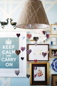 hanging hearts... I should make this to hang above my headboard!