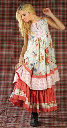 Sommer kann kommen. Love teh Holly Hobby style dress/shirt/smock look... would probably pair it with jeans and boots though