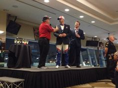 #JimmieJohnson's last stop of the night is Charlotte Motor Speedway's Speedway Club for a champagne toast. #SE7EN
