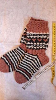 Jonsukat Socks, Knitting, Fashion, Moda, Tricot, Fashion Styles, Breien, Sock, Stricken