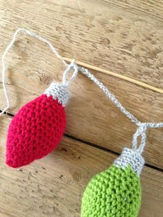 Annoo's Crochet World: Free Crochet Christmas Ornament Garland Pattern