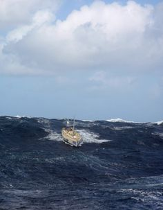 Dismasted California surfs down the face of an enormous North Pacific wave in the Clipper 2010 race. Dramatic stuff