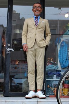 men s suits for women Suits For Women, Mens Suits, Jacket Style, Suit Jacket, Ivy Style, Japanese Men, Vintage Men, Preppy, Men Dress