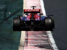 2015 HUNGARIAN GRAND PRIX   Scuderia Toro Rosso