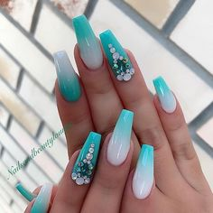 Teal Pastel Tips & Backwards Frenchtips Blinged Out Nails Bright Summer Acrylic Nails, Best Acrylic Nails, Summer Nails, Coral Acrylic Nails, Gorgeous Nails, Pretty Nails, Nagellack Design, Nails Design With Rhinestones, Fire Nails