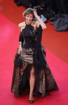 Corinne Touzet au festival de Cannes en 2008 Formal Dresses, Madrid, Entertainment, Style, Fashion, Cannes Film Festival, Slide Show, Amigos, Formal Gowns