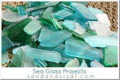 DIY:: Beautiful Coastal Sea Glass Projects by Eustaquio Wilson -Sand & Sisal (Note- use bracelet table idea and do a seashell/seaglass table) Mosaic Tray, Sea Glass Mosaic, Sea Glass Art, Sea Glass Jewelry, Mosaic Backsplash, Cool Ideas, Diy Projects To Try, Craft Projects, Craft Ideas