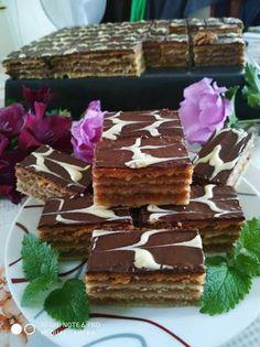 Nagymamám féle, diós zserbó Desserts, God, Candy, Tailgate Desserts, Deserts, Dessert, Food Deserts