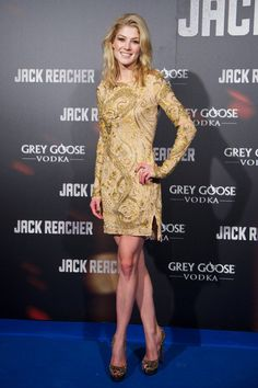 Pin for Later: From Bond Girl to Gone Girl: Rosamund Pike's Red Carpet Evolution Rosamund Pike A sexy look was called for in December 2012 at the Madrid premiere of Jack Reacher, where Rosamund slipped into a sparkly Emilio Pucci number.