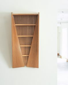 Twisted Cabinet is a project of Heatherwick Studio, London. When he ... - UPVISUALLY.COM