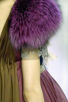 Christian Lacroix Fall 2007 Couture Fashion Show Moda Fashion, High Fashion, Fashion Show, Luxury Fashion, Couture Details, Fashion Details, Fashion Design, Christian Lacroix, Fabulous Furs