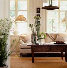 6 passos para deixar a sua casa pronta para o verão: Substitua lâmpadas incandescentes por fluorescentes.