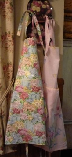 Country Curtains country curtains warrington : Apron Strings and April Cornell Giveaway | April cornell and Aprons