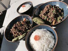 Pad Grapau  #thaifood Thai Dishes, Thai Recipes, Palak Paneer, Food, Essen, Thai Food Recipes, Meals, Yemek, Eten