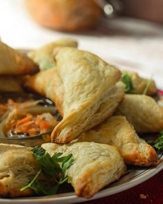 Haitian Pate – Salted Cod Fritters One blood, One heart and one cuisine. Welcome to the Islands Cod Recipes, Seafood Recipes, Vegetarian Recipes, Donut Recipes, Seafood Dishes, Salt Cod Recipe, Hatian Food, Haitian Food Recipes, Haitian Pate Recipe