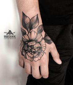 Flower tattoo for man. Тату на кисть, пион.