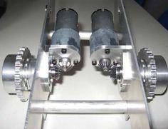 1x Laderaupen-Bausatz Liebherr LR634. (Basismodell ohne Antriebseinheiten!) Hauptrahmen, Ladeschaufel, Hubgerüst aus Stahl. Massive Z-Kinematik, elastische   Laufwerklagerung mit Pendelbewegung....