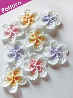 Crochet Plumeria Flower Pattern. Frangipani Crochet Photo Tutorial. Crochet Patterns. Hawaiian Crochet Flower Applique, PDF.