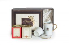 Tè al Florian A thoughtful gift for tea lovers.  The hamper includes:  - 1 Florian mug with infuser in refined porcelain  - 1 Sunset in Venice herbal tea - loose in tin 100 gr  - 1 Pai Mu Tan white tea - loose in tin 30 gr