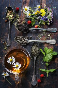 Still spots open for the tea making class at Fernwood! Hot or cold, tea always hits the spot! Join us on Saturday, July from to p. for an afternoon of herbal tea making. Herbal Tea Benefits, Herbal Teas, Flower Tea, Tea Art, Tea Blends, Tea Recipes, High Tea, Food Art, Tea Time