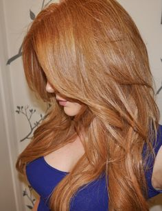 Strawberry Blonde Hair | GirlGetGlamorous.com