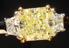 Fancy yellow cushion cut diamond | Canary diamond | Yellow diamonds