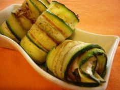 Rotolini di zucchine con acciughe e crescenza