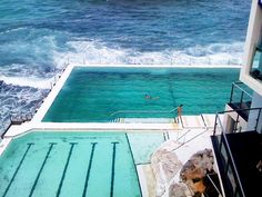 Seaside pools in Bondi Beach, Australia I must admit this is pretty cool but first pool is to dirty and unhinge mic for me Salford City, High Level, Dream Vacations, Vacation Spots, Vacation Wishes, Oh The Places You'll Go, Places To Travel, Bondi Beach Australia, Sydney Australia