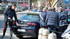 Sorpreso a forzare vetrina noto bar, arrestato a cura di Redazione - http://www.vivicasagiove.it/notizie/sorpreso-forzare-vetrina-noto-bar-arrestato/